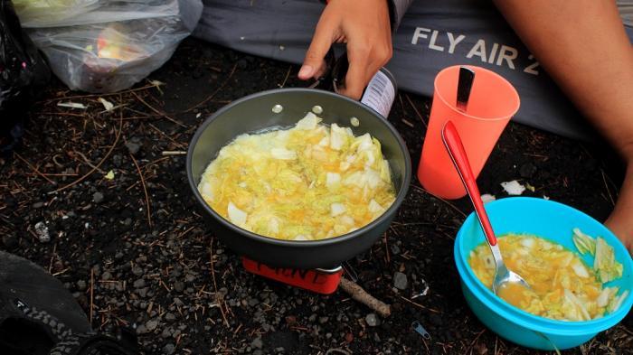 makanan yang cocok saat hiking